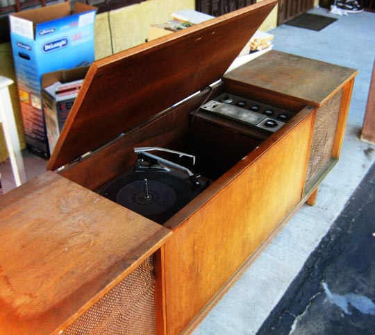 Old Stereo Cabinet An02 Roccommunity